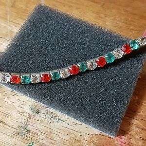 "CHRISTmas 7"" Stretch Bracelet Red White Green"